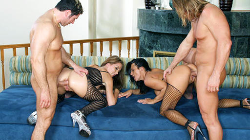Sandra Romain and Angelica Lane Anal Foursome - סרטי סקס